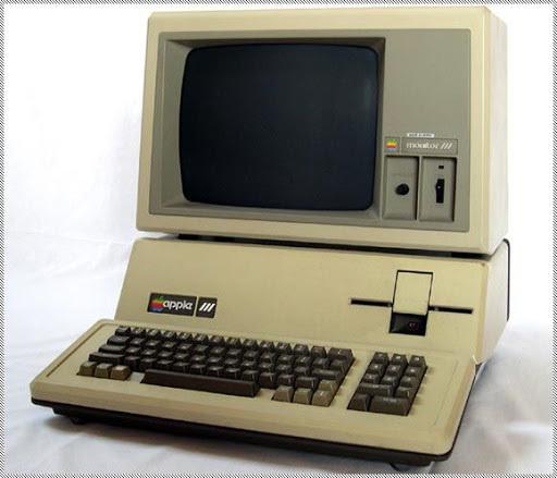 la primera  maquina  de  escribir