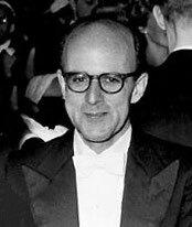 Max Ferdinand Perutz a trabaja en la estructura de la hemoglobina con cristalizacion