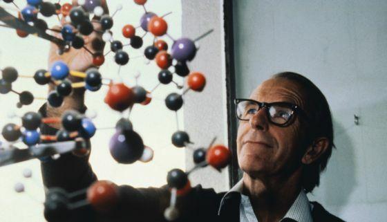Fred Sanger consigue la primera secuencia de aminoácidos completa: la insulina