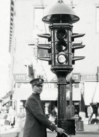 1914 - El semáforo