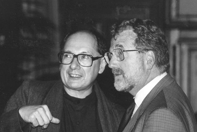 J. Schell y M. Van Montagu logran transferir un gen quimérico al tabaco.