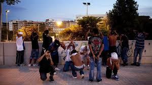 Investigación sobre grupos callejeros.