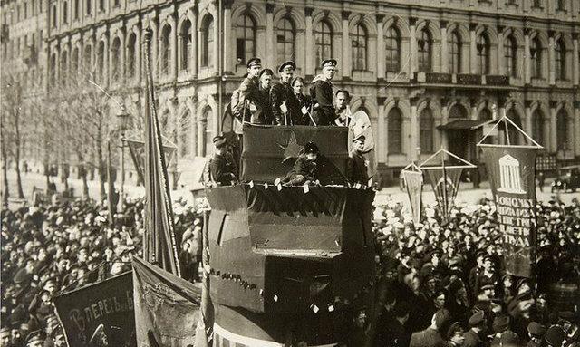 Revolución russa/Soviètica