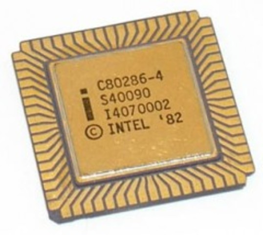 Este microprocesador apareció en febrero de 1982