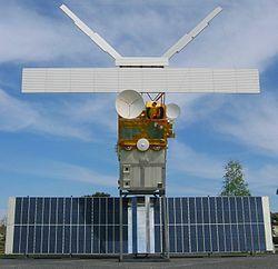Historia de los satélites artificiales