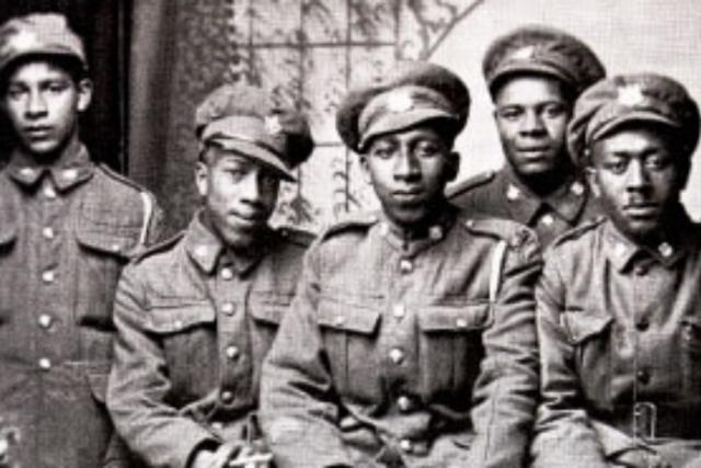 black Canadians fight in WW2