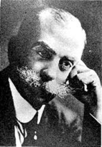 Alfonso L. Herrera