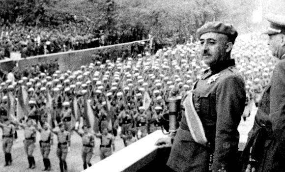 Franco anuncia su victoria
