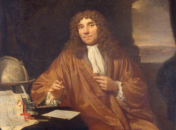 Leeuwenhoek descubre la vida microscópica