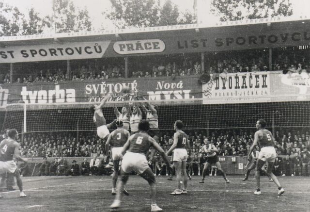 Primer campeonato mundial de voleibol masculino