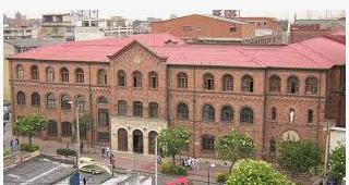 Universidad Santo Tomás de Aquino
