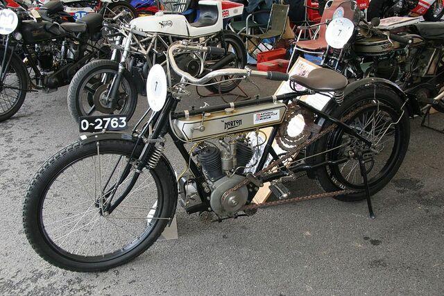 Primeras motos británicas