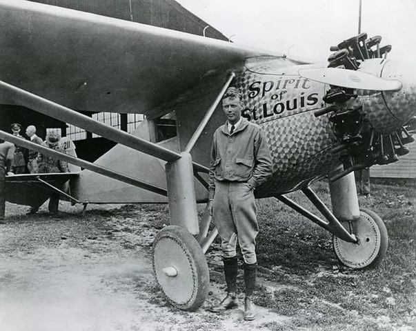 Lindbergh Flys Across the Atlantic