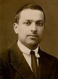 Lev Vygotsky (Ruso, Cognitivista y Constructivista)