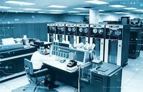 El departamento de defensa de los estados unidos crea ARPANET.
