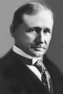 Frederick W Taylor (1856 - 1915)