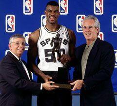 "David ""Biceps"" Robinson gana el MVP"