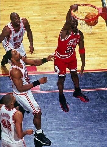 Los Heat vuelven a caer ante los Bulls
