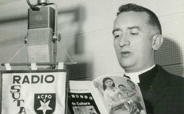 Nació la emisora Radio Sutatenza