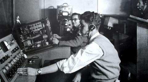 Establecimiento de la radiodifusora Nacional de Colombia