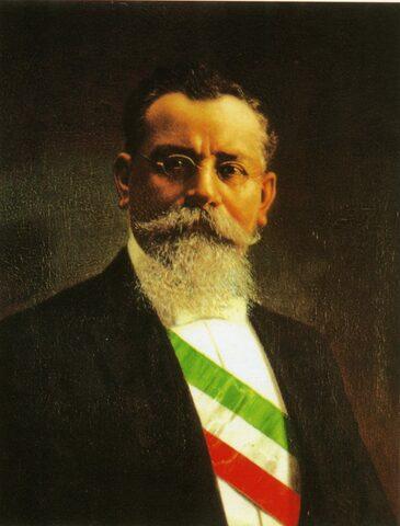 Venustiano Carranza firma el art.123