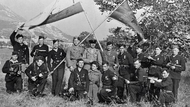 Alemania invade Yugoslavia y Grecia.