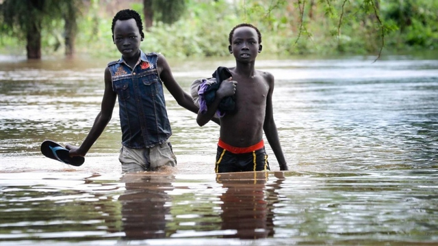 Salva arrives at the Nile river