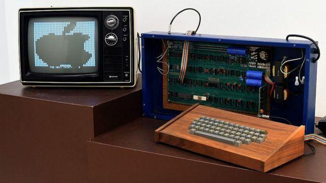Apple I (Primer ordenador personal)