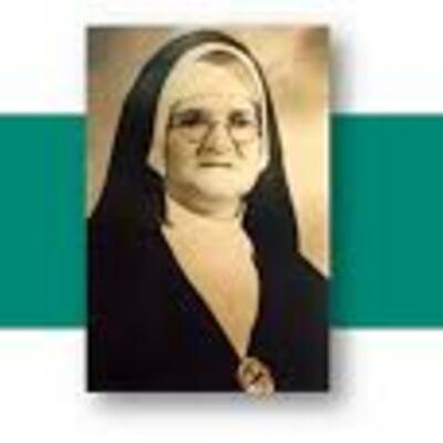 Madre Elisa Jaramillo 75 años timeline
