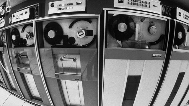 Cinta magnética IBM 726
