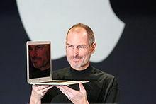 Sale al mercado el MacBook Air.