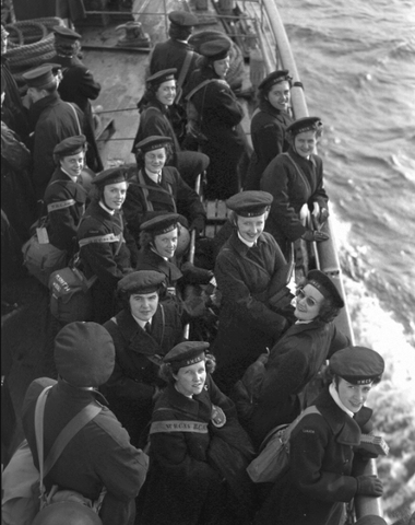 Women In The Navy