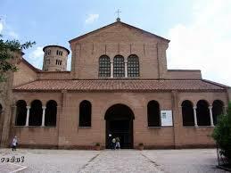 Basílica de San Apolinar in Classe de Rávena