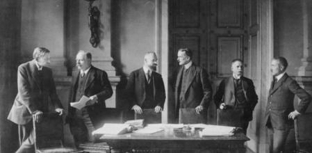 Firma de los Tratados de Versalles