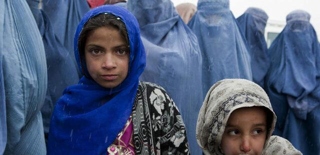 Fet históric: Nens/es mares, ávies i civils perden la vida a Afganistan