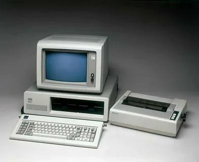 12 августа 1981 года фирма IBM представила широкой публике первую модель персонального компьютера IBM PC 5150, ставшую фактическим родоначальником современных персональных компьютеров на архитектуре Intel x86.