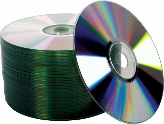 В 1982 году компаниями Sony и Philips был начат выпуск первых компакт-дисков (CD).