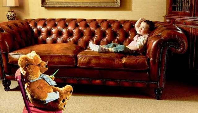 Las terapias psicoanalíticas con niños se vuelven preponderantemente más kleinianas