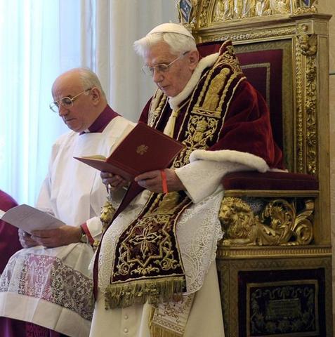 Rinuncia al soglio pontificio di Papa Benedetto XVI