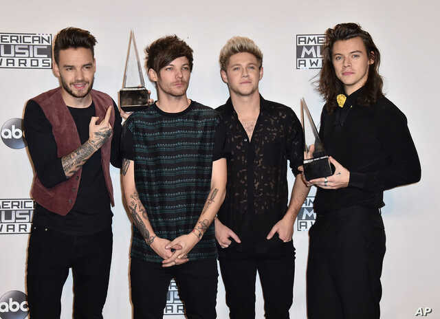 One Direction gets their second American Music Award for Artist of the Yea