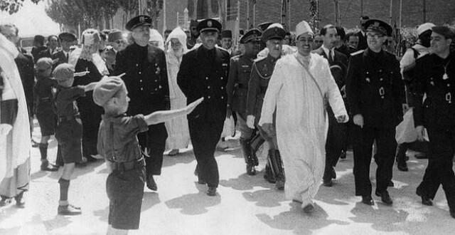 Franco arriba a Tetuan