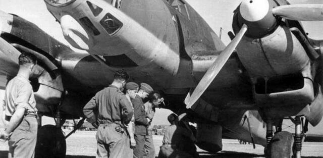 Alemania ajuda a Franco