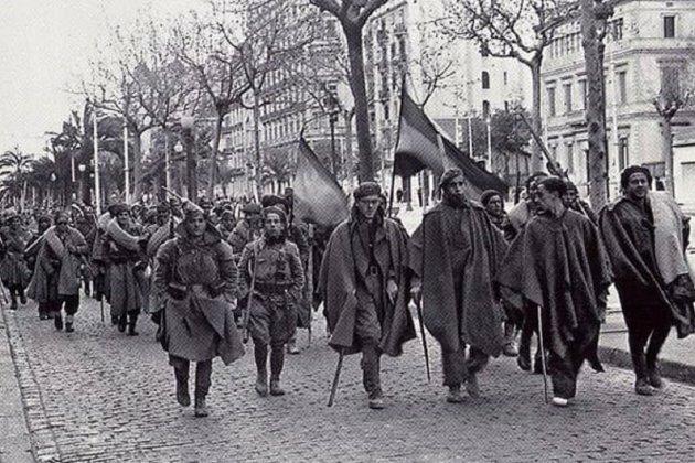 L'exèrcit franquista entra a Barcelona