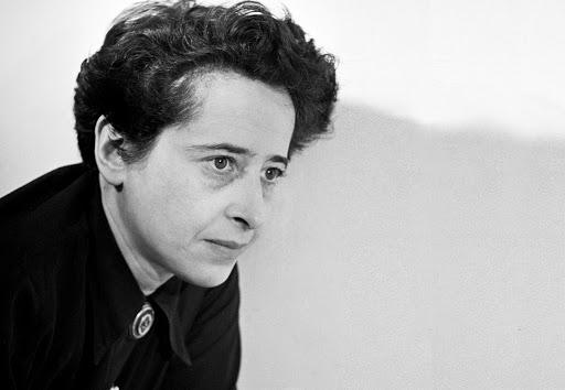 Juicio en el campo ético-político, Hannah Arendt