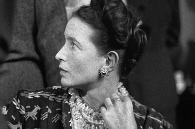 """No se nace mujer, se llega a serlo"", Simone De Beauvoir"