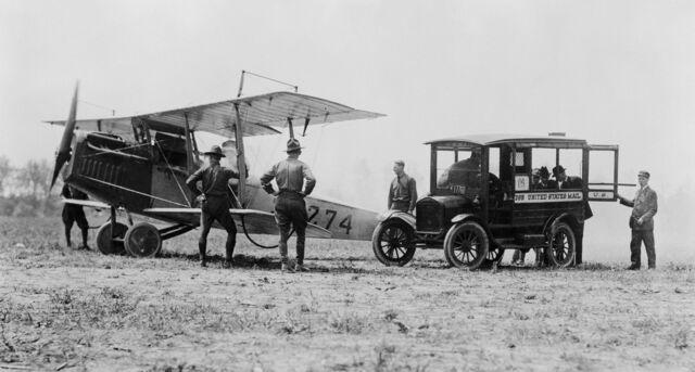 Inicio del transporte aéreo