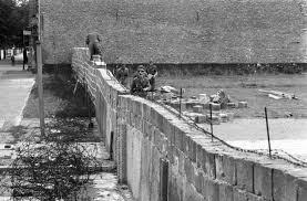 Budowa muru berlińskiego