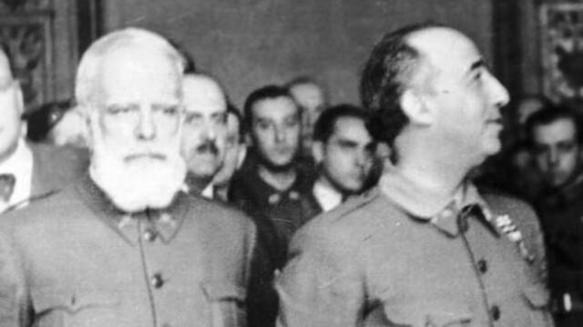 El general Miguel Cabanellas nomena a Franco vocal de la Junta de Defensa Nacional