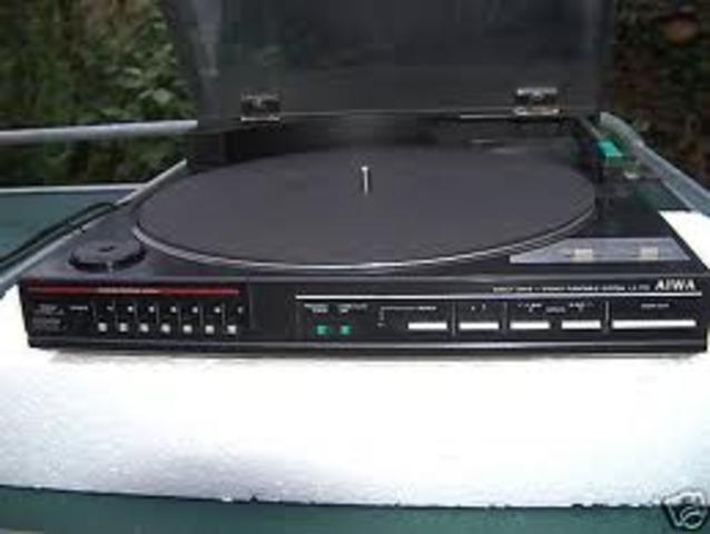 Tocadiscos & radio que estaban en mi casa