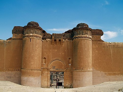 Qasr al Hayr al-Sharqi. - Califa Hisham ibn Abd al-Málik (Noroeste de Palmira).